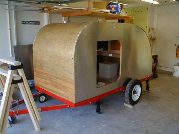 Jerry Lawrence's teardrop trailer